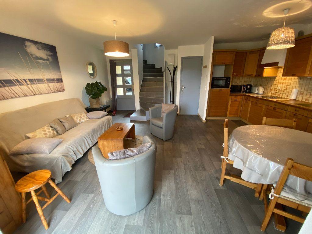 Maison à louer 3 56.36m2 à Larmor-Plage vignette-4