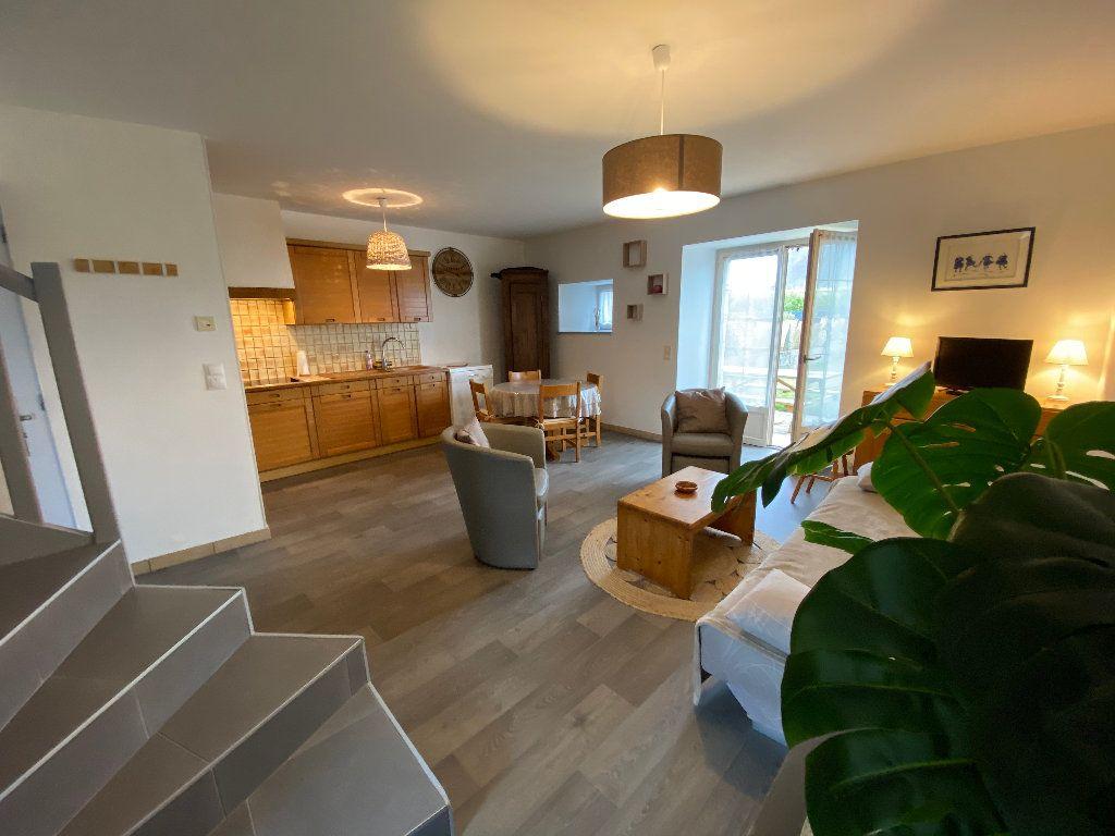 Maison à louer 3 56.36m2 à Larmor-Plage vignette-6