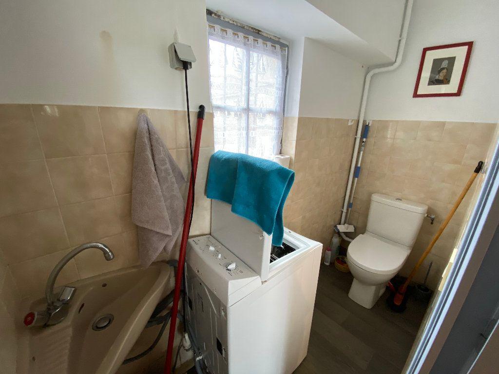 Maison à louer 3 56.36m2 à Larmor-Plage vignette-12