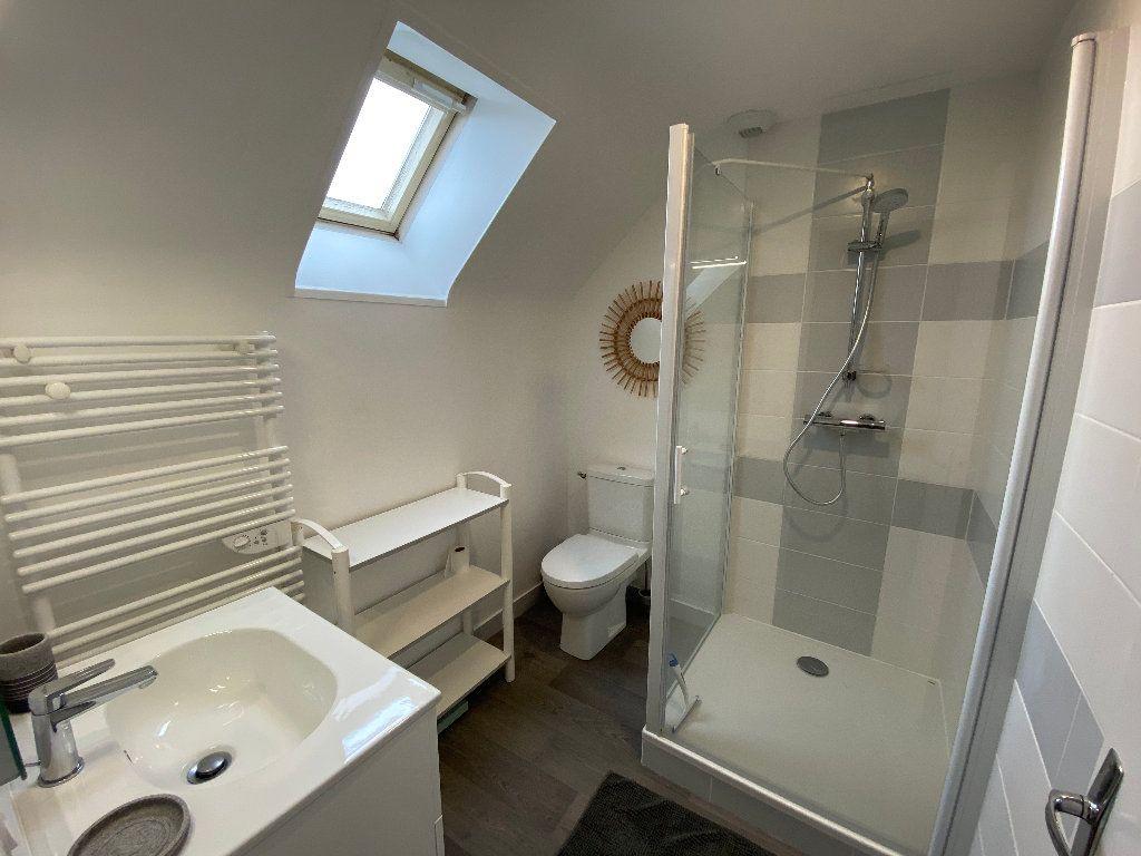 Maison à louer 3 56.36m2 à Larmor-Plage vignette-13