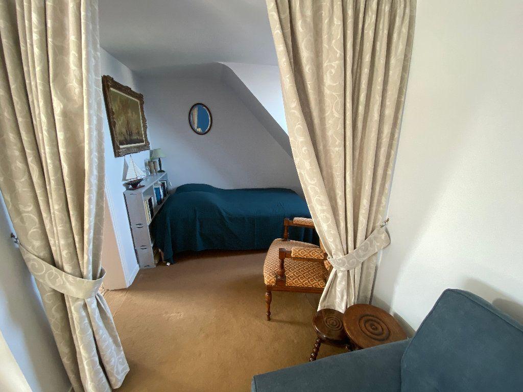 Appartement à louer 5 108m2 à Ploemeur vignette-15