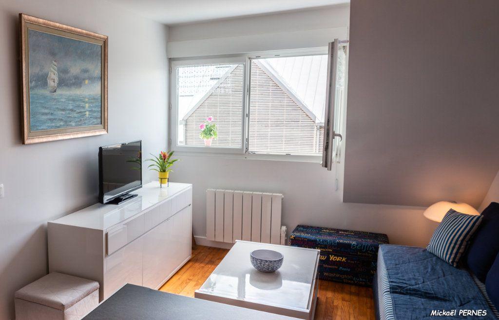 Appartement à louer 3 45m2 à Port-Louis vignette-1