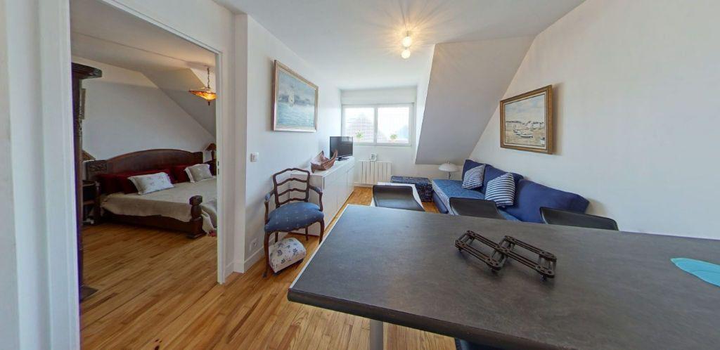 Appartement à louer 3 45m2 à Port-Louis vignette-5