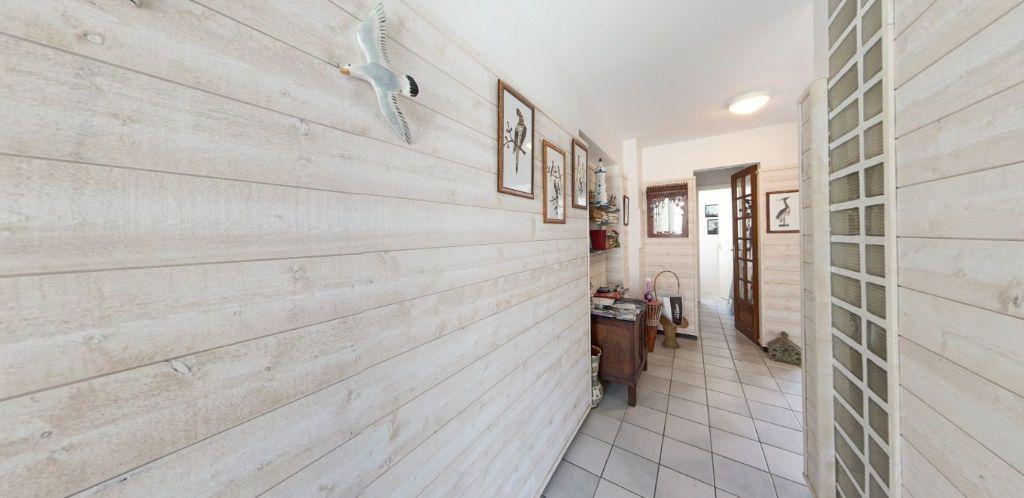 Appartement à louer 3 45m2 à Port-Louis vignette-12
