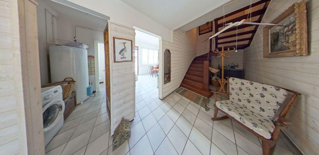 Appartement à louer 3 45m2 à Port-Louis vignette-13