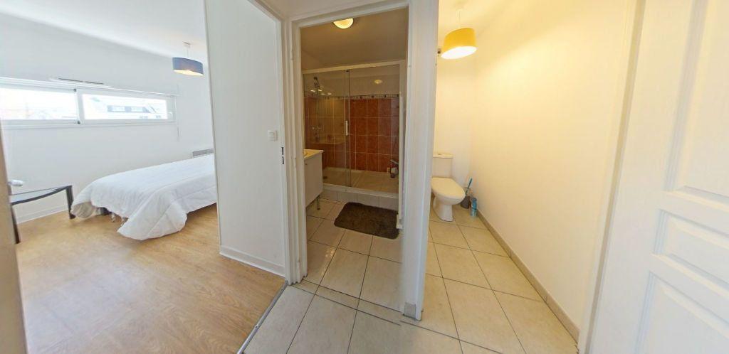 Appartement à louer 3 63m2 à Ploemeur vignette-11