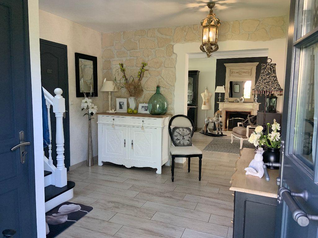 Maison à vendre 6 120m2 à Lanester vignette-1