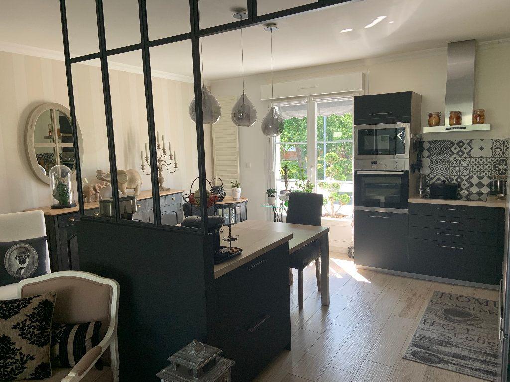 Maison à vendre 6 120m2 à Lanester vignette-4