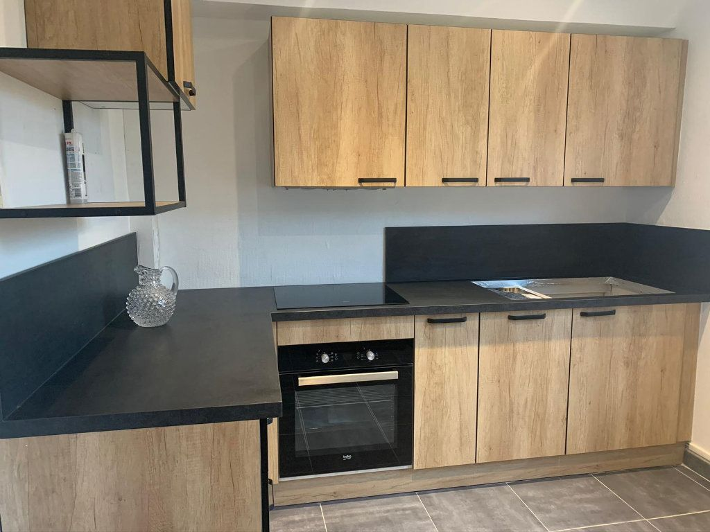 Appartement à louer 2 50.2m2 à Lorient vignette-4