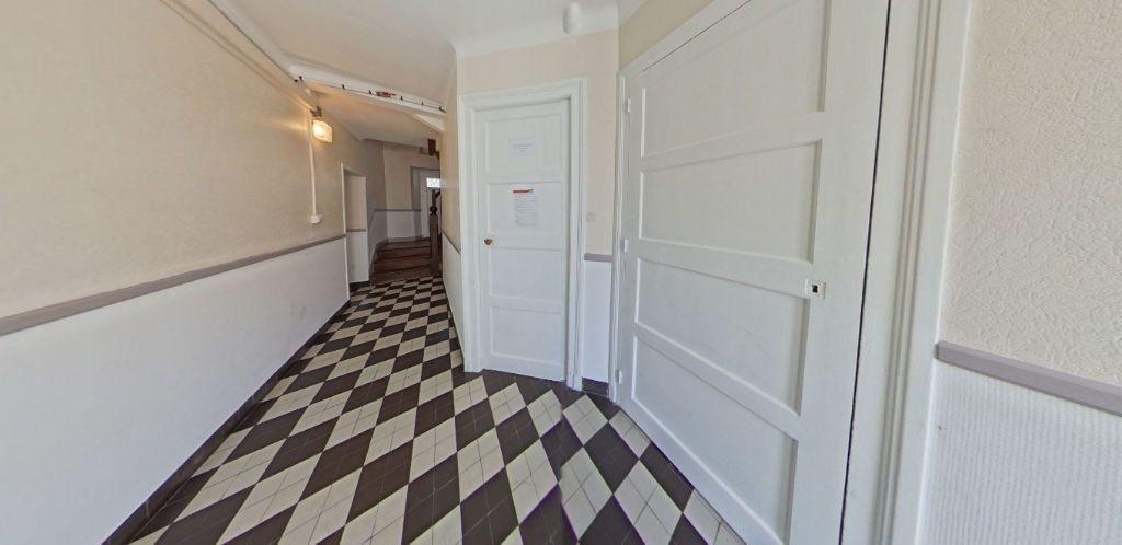 Appartement à louer 2 50.2m2 à Lorient vignette-9