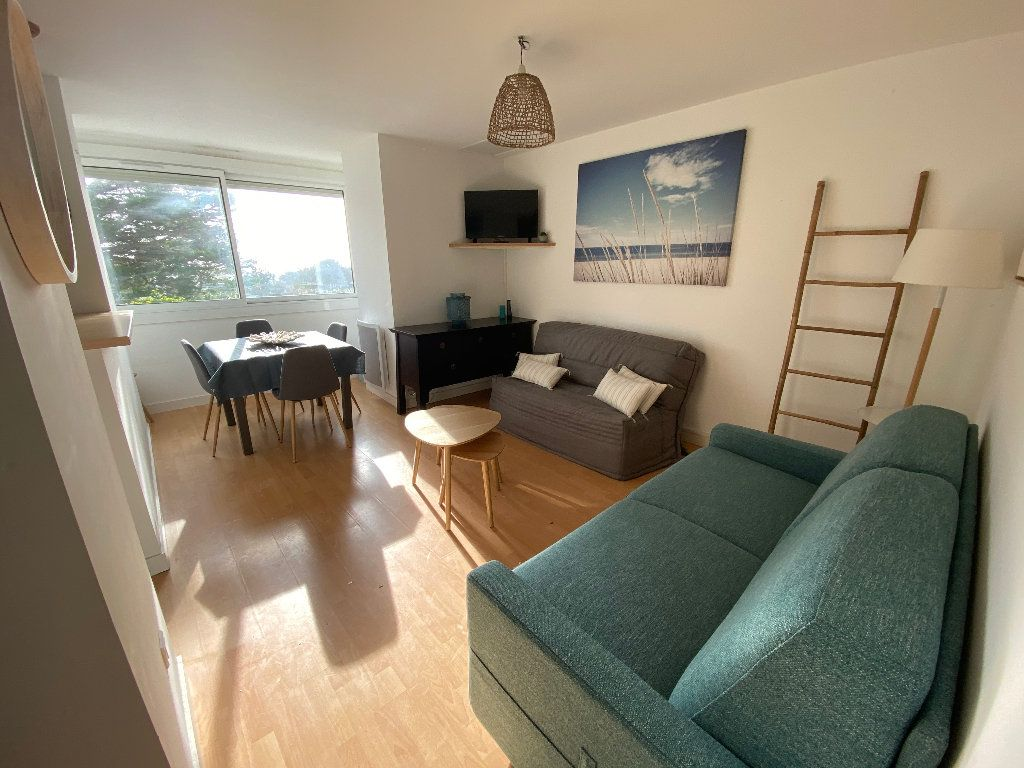 Appartement à louer 1 22m2 à Guidel vignette-1