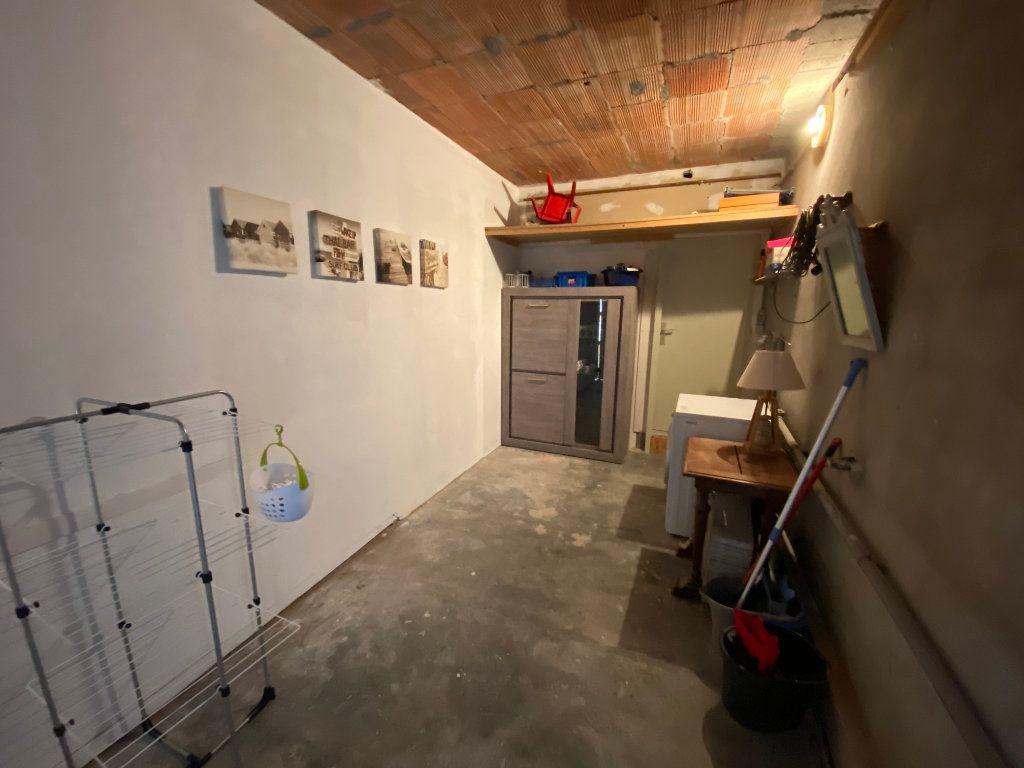 Appartement à louer 2 65m2 à Larmor-Plage vignette-13