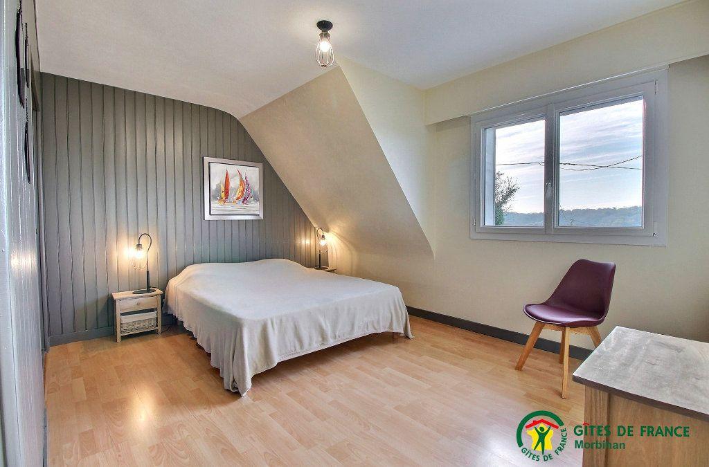 Maison à louer 6 110m2 à Guidel vignette-6