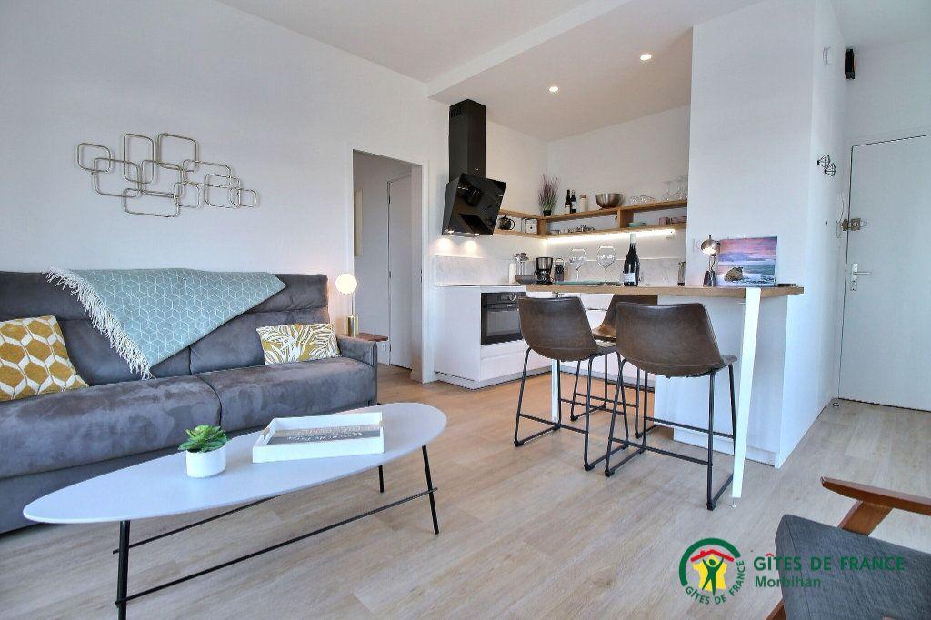 Appartement à louer 2 38.15m2 à Larmor-Plage vignette-5