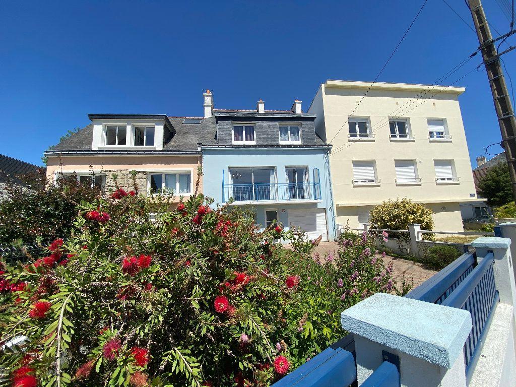 Maison à louer 7 160m2 à Lorient vignette-1