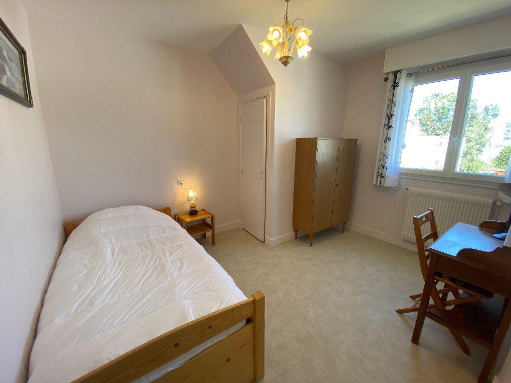 Maison à louer 7 160m2 à Lorient vignette-8