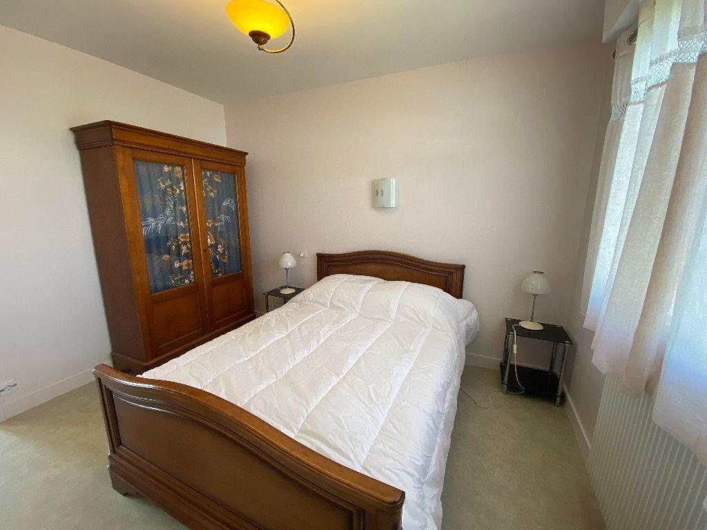 Maison à louer 7 160m2 à Lorient vignette-17