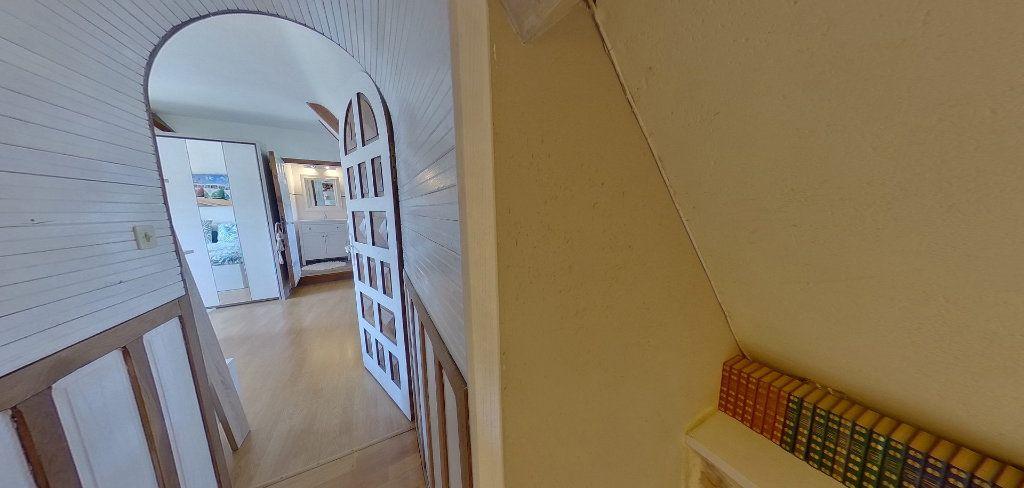 Maison à louer 3 78m2 à Riantec vignette-17