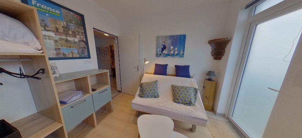 Appartement à louer 1 18m2 à Port-Louis vignette-8