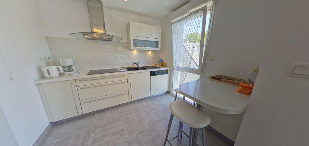 Appartement à louer 2 45.35m2 à Lorient vignette-2