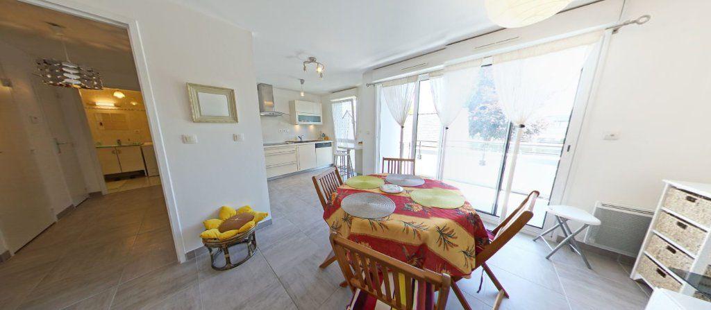 Appartement à louer 2 45.35m2 à Lorient vignette-4