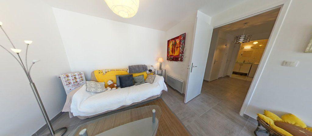 Appartement à louer 2 45.35m2 à Lorient vignette-5