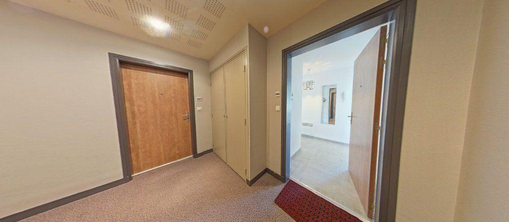 Appartement à louer 2 45.35m2 à Lorient vignette-8