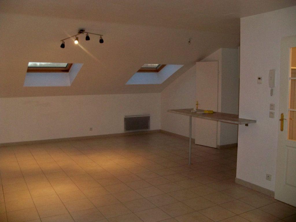 Appartement à louer 1 36.3m2 à Hennebont vignette-3