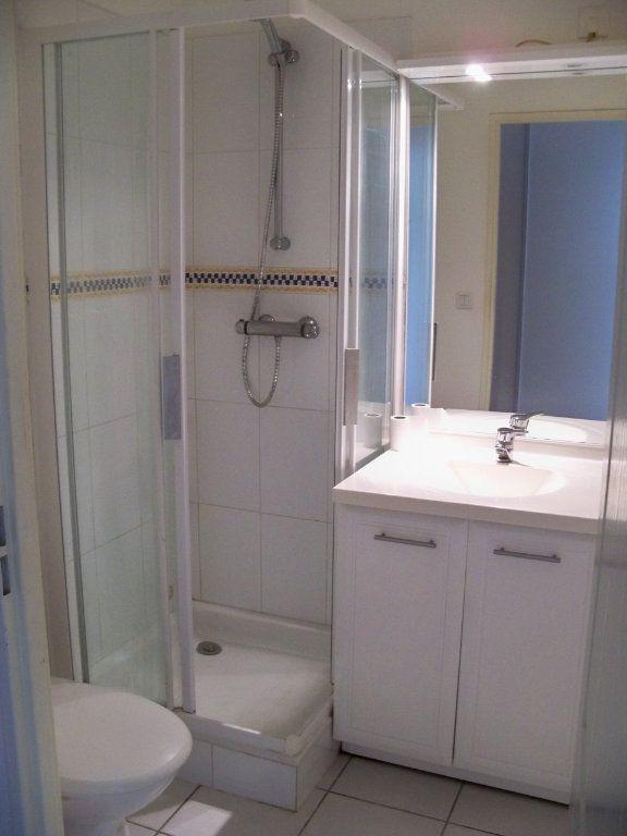 Appartement à louer 1 36.3m2 à Hennebont vignette-5
