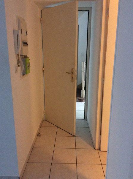 Appartement à louer 2 45m2 à Lorient vignette-2