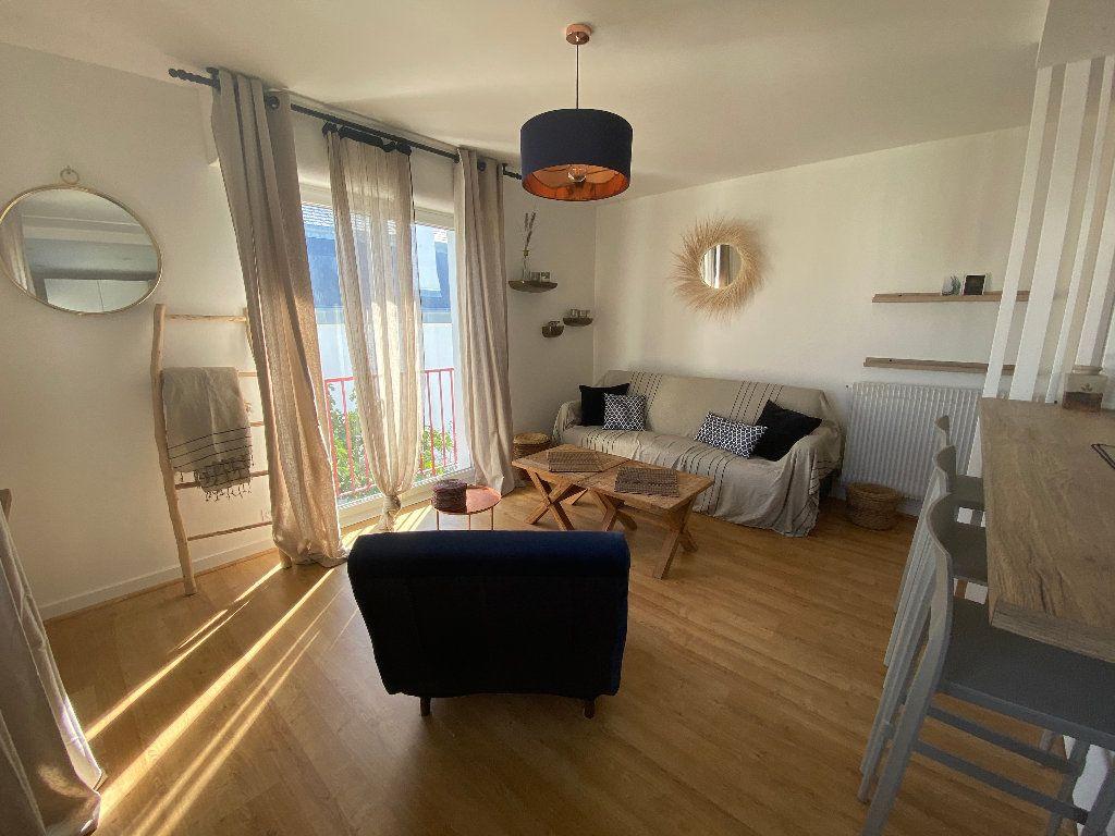 Appartement à louer 2 43.9m2 à Ploemeur vignette-7