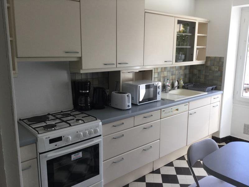 Appartement à louer 4 75m2 à Lorient vignette-3