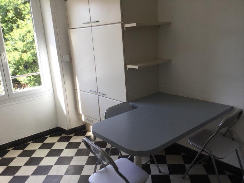 Appartement à louer 4 75m2 à Lorient vignette-4