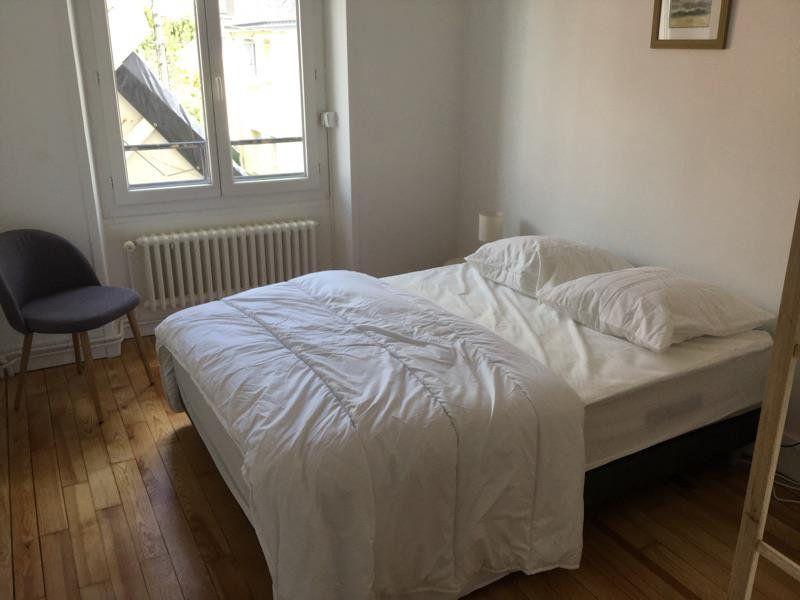 Appartement à louer 4 75m2 à Lorient vignette-10