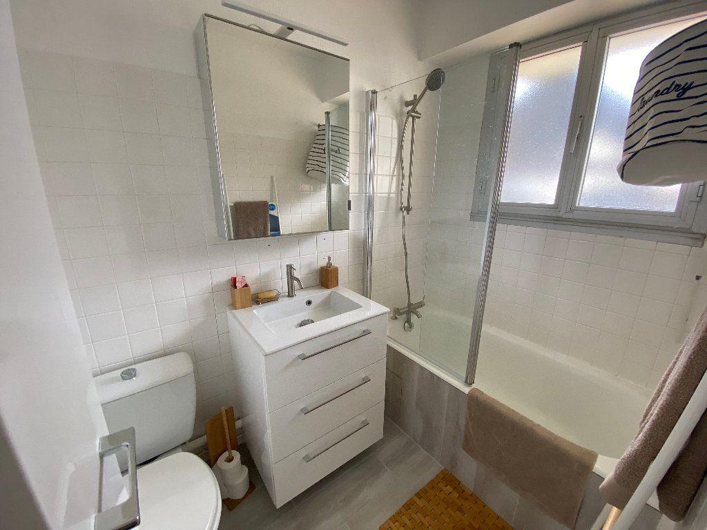 Appartement à louer 1 22.49m2 à Ploemeur vignette-8