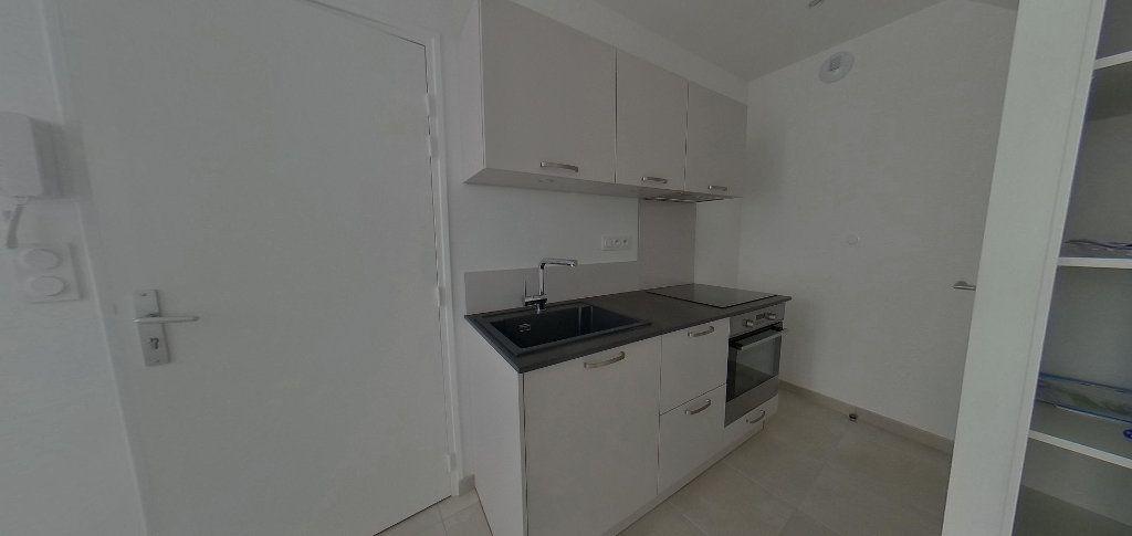 Appartement à louer 2 38.15m2 à Port-Louis vignette-2