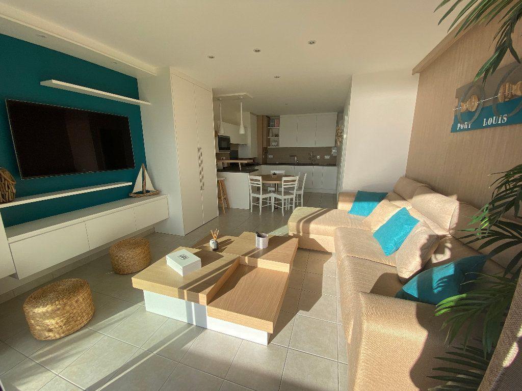 Appartement à louer 2 49m2 à Port-Louis vignette-10