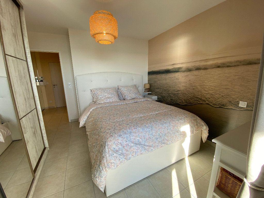 Appartement à louer 2 49m2 à Port-Louis vignette-12