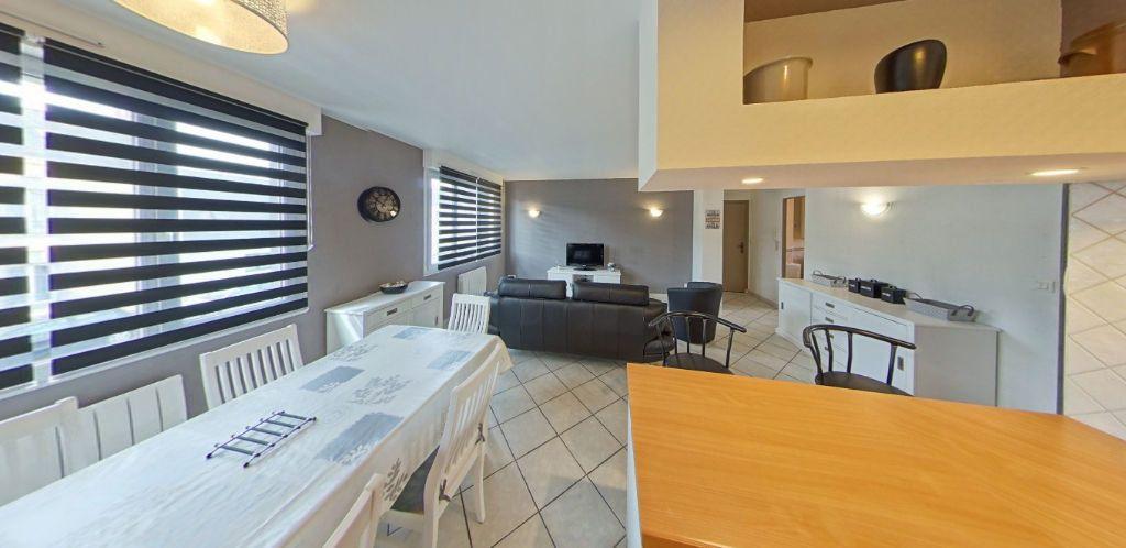 Appartement à louer 3 58.37m2 à Lorient vignette-4