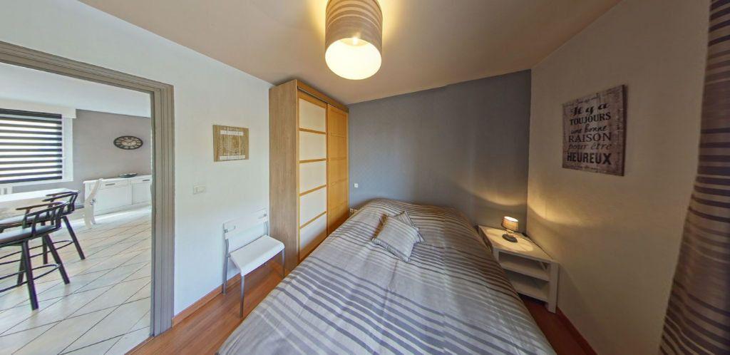Appartement à louer 3 58.37m2 à Lorient vignette-8