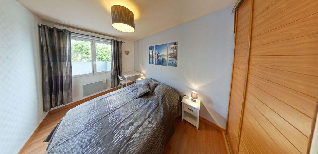 Appartement à louer 3 58.37m2 à Lorient vignette-9