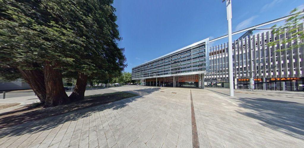 Appartement à louer 3 58.37m2 à Lorient vignette-12
