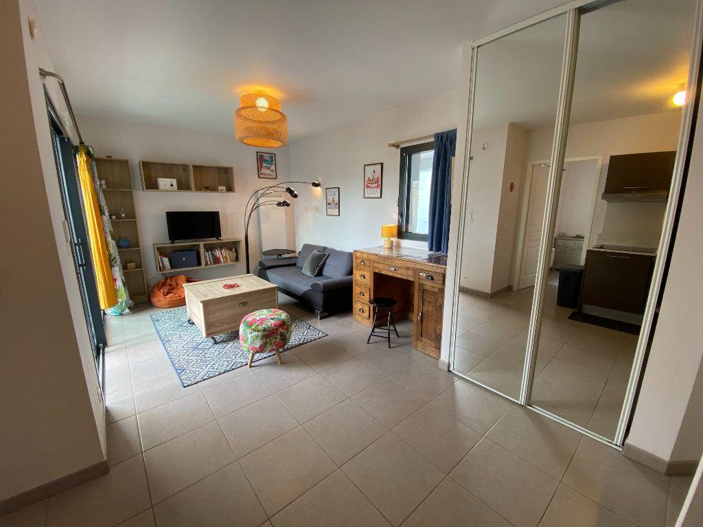 Appartement à louer 2 33.89m2 à Ploemeur vignette-5