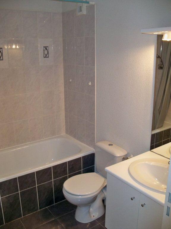 Appartement à vendre 2 34m2 à Lorient vignette-5