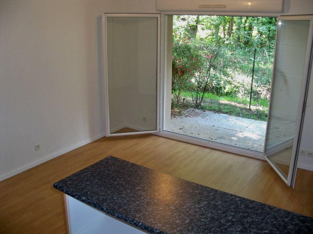 Appartement à vendre 2 34m2 à Lorient vignette-6