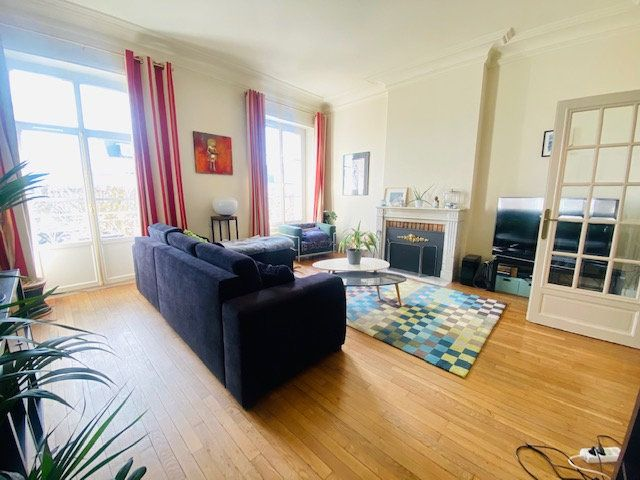 Appartement à vendre 5 131m2 à Lorient vignette-2