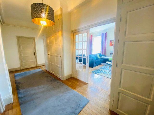 Appartement à vendre 5 131m2 à Lorient vignette-3