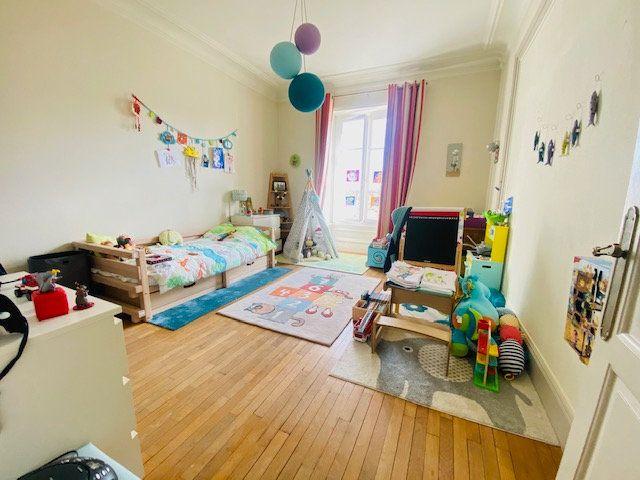 Appartement à vendre 5 131m2 à Lorient vignette-6