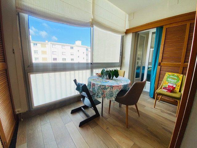 Appartement à vendre 5 131m2 à Lorient vignette-9