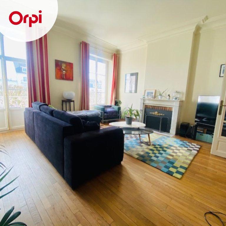 Appartement à vendre 5 131m2 à Lorient vignette-11